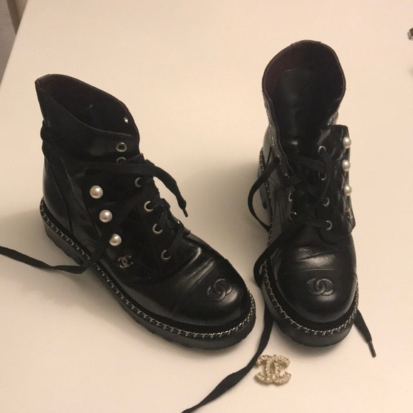 Shoes   Chanel Combat Boots 38 C Pearl